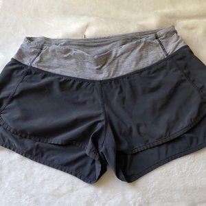 Lululemon running shorts size 6